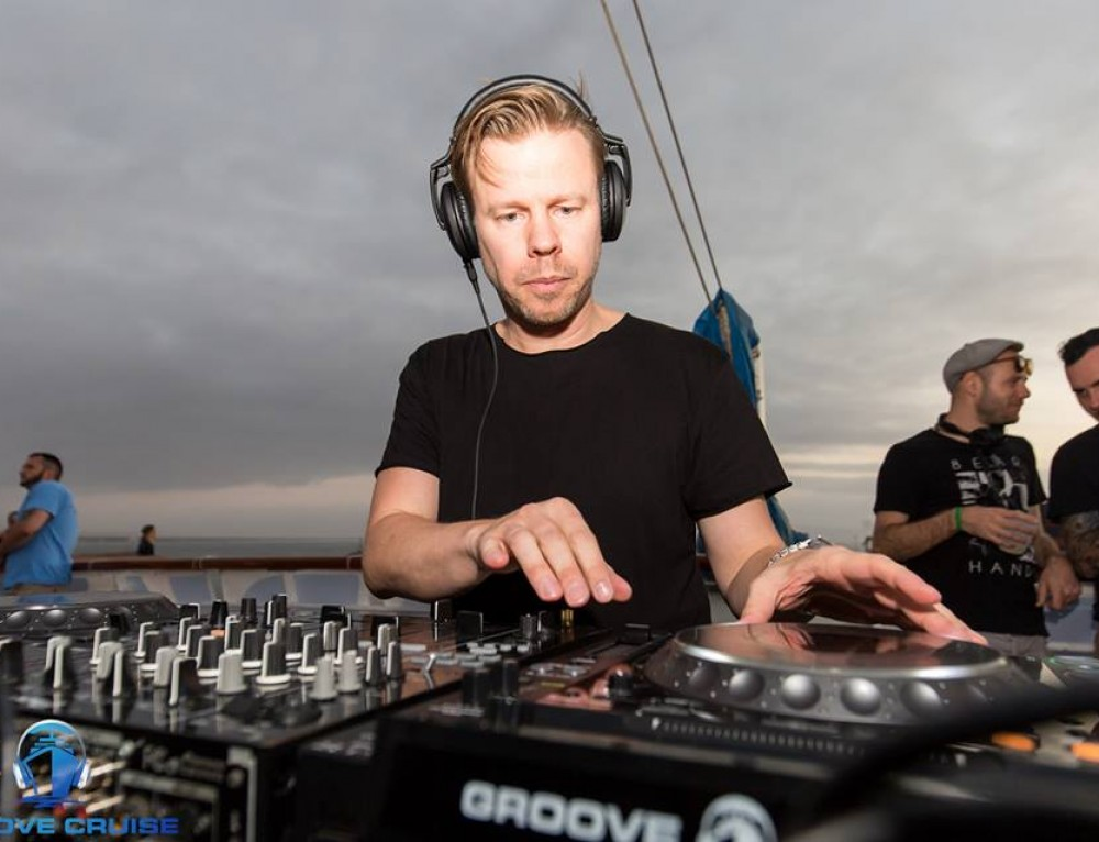 Humble and Generous – 2 of the Many Reasons We Love Ferry Corsten