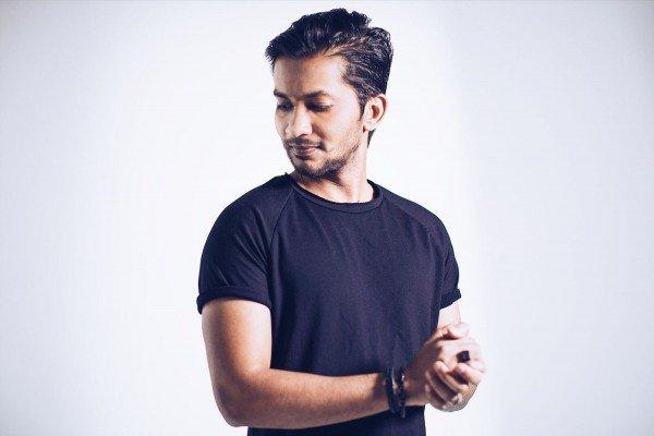 Saad Ayub - Neon Owl